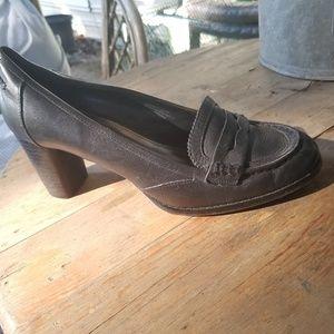 EUC Alfani heeled loafer 8